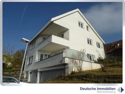 Idylle inklusive: Einfamilienhaus mit Doppelgarage in Ochsenbach
