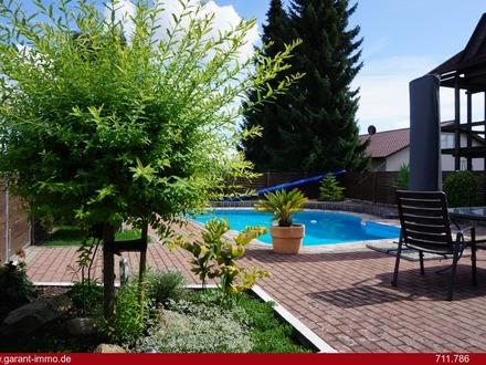 * WOW! Traumgarten mit Pool und Sommerhaus und moderne, gepflegte 3 - 4 Zimmer-Wohnung in Randlage *