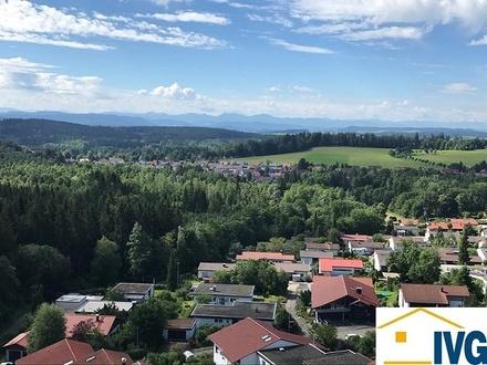 Traumhafter Weitblick in die Berge! Sonnige 2-Zimmer-Ferien-/Penthousewohnung in Leutkirch!
