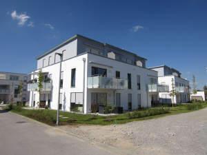 Attraktive Penthousewohnung mit zwei Dachterrassen und TG-Platz