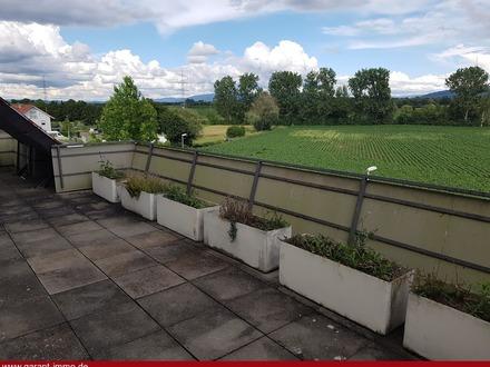 Wohnung mit extra großer Terrasse und tollem Blick auf den Schauinsland! Was will man mehr?!