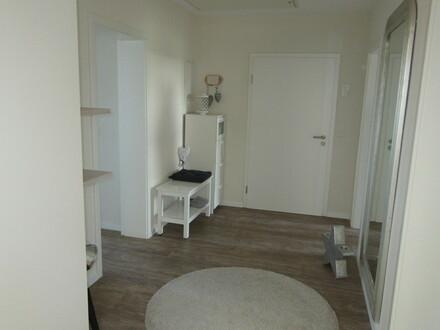 Schicke, kernsanierte 110 m² Wohnung (Lohe)