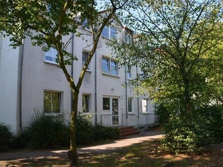 Frisch renovierte 3.Zi-Wohnung mit Balkon in Fähr-Lobbendorf