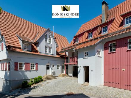 2-Familienhaus im Landhausstil erbaut in romantischer Lage! Sofort beziehbar!