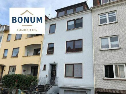 Für Kapitalanleger: Mehrparteienhaus mit vier Wohnungen in bester Lage, Neustadt/Flüsseviertel