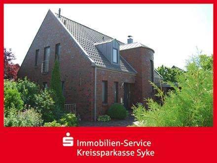 +++ junges modernes Landhaus in ansprechender Lage +++