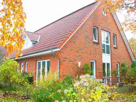 Gepflegtes Einfamilienhaus mit Einliegerwohnung in ruhiger Lage von Viöl!