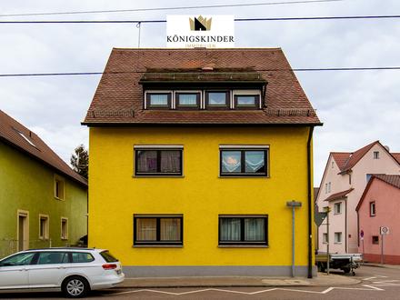 Stammheim-Süd: Attraktives 3-Familien-Haus zur Kapitalanlage oder als Generationenhaus