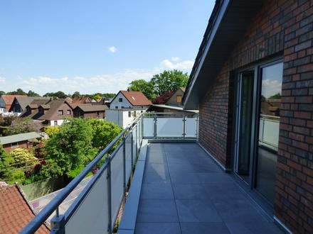 Im Erstbezug: Energieeffiziente Penthousewohnung in zweiter Reihe zur Alexanderstraße!