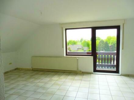 Großzügige Wohnung mit Balkon!