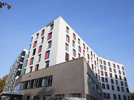 Wohnen an der EZB: Schicke 3-Zimmer-Wohnung mit EBK, Loggia & Balkon