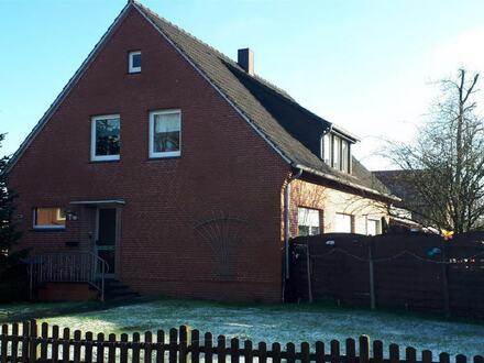 Schöne Oberwohnung mit Dachterrasse in bevorzugter Wohnlage in Papenburg-Untenende