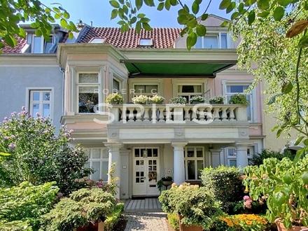 Stilvolles 1-2 Familienhaus mit herausragenden Platzverhältnissen in Liebhaberlage