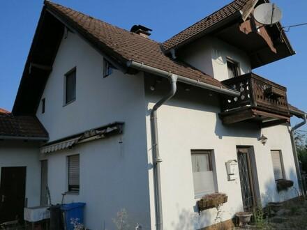 Handwerker aufgepasst! Sanierungsbedürftiges Einfamilienhaus mit Potenzial! Neubau DHH möglich!