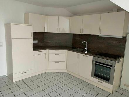 Zentrale Wohnung inkl. Einbauküche und Tiefgarage an der Donnerschweer Straße zu vermieten!