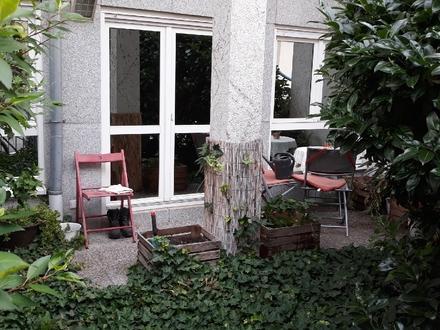 Uhlandstraße: 1 ZKB mit Terrasse sucht passenden Mieter. NUR EINZELPERSONEN!