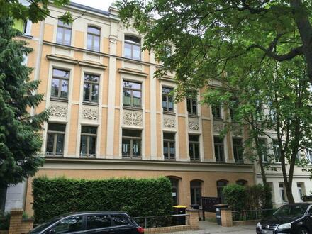 3-Raum-Wohnung mit neuen Bad und Terrasse! (WE01)