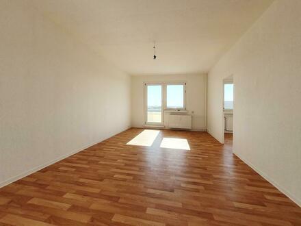 **Anschauen, einziehen, wohlfühlen!** - Neu renovierte 3-Raum-Wohnung mit Charme. + 750 EUR Gutschein*!