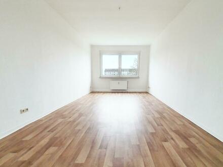 **Anschauen, einziehen, wohlfühlen!** - Neu renovierte 3-Raum-Wohnung mit Charme!