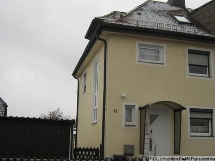 Doppelhaushälfte in Mitterteich
