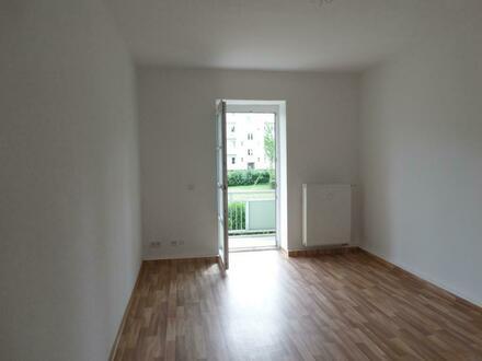 Ruhige Wohnung mit zwei gleich großen Zimmern in Uninähe