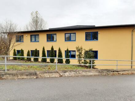 Halle/Lager mit Büro - Kirchstraße - Reinsdorf