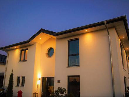 KfW55-Stadtvilla im klassischen Design