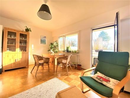 Komponistenviertel: Schöne 3-Zimmer-Wohnung mit praktischem Grundriss und großem Balkon