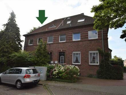 Sanierungsbedürftige Doppelhaushälfte mit Potenzial in zentraler Lage von Emden!