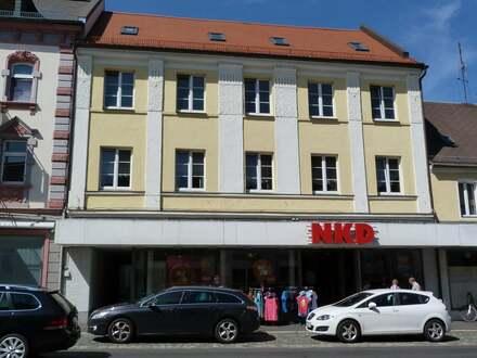 Top-Rendite : Wohn- und Geschäftshaus in Waldsassen
