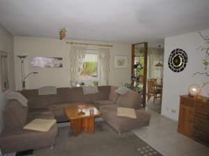 Gut vermietete 3,5-Zimmer-Wohnung mit Balkon