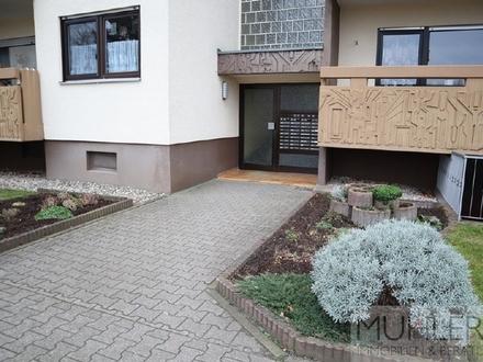 Optimaler Grundriss! 2,5 ZKB Wohnung mit Balkon und Stellplätzen