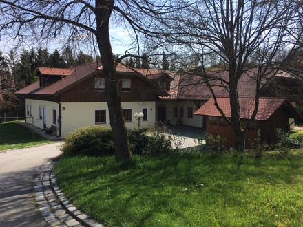 SONDERPREIS!!!! Exklusives Villenanwesen m. Innenpool und parkähnlichem Garten in zentrumsnaher ruhiger bester Wohnlage