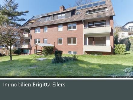 Frisch renoviert: Helle und großzügige 3 Zimmer-Wohnung im Hochparterre mit neuer EBK!