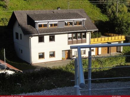 Großzügiges Wohn- und Geschäftshaus mit insgesamt ca. 390 qm Wohn- und Nutzfläche in zentraler Lage