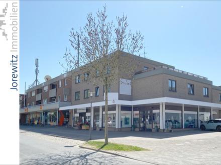 Bielefeld-Heepen direkt im Dorfkern: Sehr gepflegtes Ladenlokal mit großer Schaufensterfläche