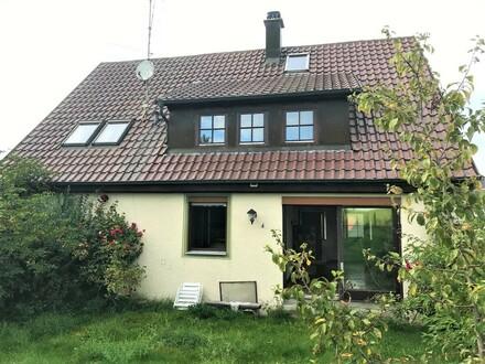 Ideal für Handwerker!! Idyllisch gelegenes Einfamilienhaus in der Nähe von Zwiefalten.