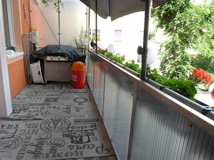 SOFORT - freie 2 Zimmer 7 4 qm für 2 2 6. 0 0 0,- EUR mit großen BALKON zum Innenhof in GOSTENHOF