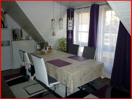 Einziehen - wohlfühlen - genießen!!! Maisonette-Wohnung mit Charme!