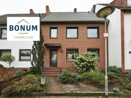 Großzügiges Zweifamilienhaus mit eigener Garage in ruhiger Wohnlage von Bremen / Arbergen