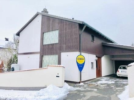 Schönes Einfamilienhaus mit Wintergarten und Garage in Weiden-West