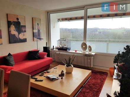 3-Zimmer-Wohnung mit Balkon und weitläufiger Aussicht!