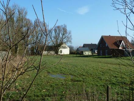 Baugrundstück mit Zugang zum Wasser in ländlicher Lage von Lemwerder