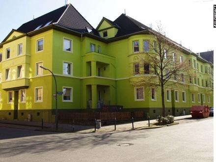 Nähe Hoeschpark: Attraktives 2 Zimmer-Wohnung mit Balkon und Gartennutzung in sehr gepflegter Anlage