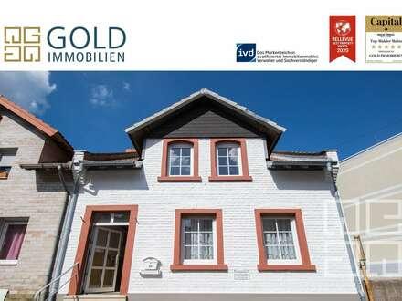 GOLD IMMOBILIEN:Doppelhaushälfte in zentraler Lage von Mainz-Finthen mit Hinterhaus und Garten
