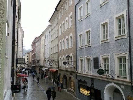 Gepflete 2,5 Zimmer-Altbauwohnung Linzergasse- Nähe Bruderhof
