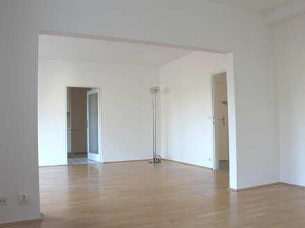 Sehr helle Wohnung 119 m² in ruhiger Grünlage in Hetzendorf