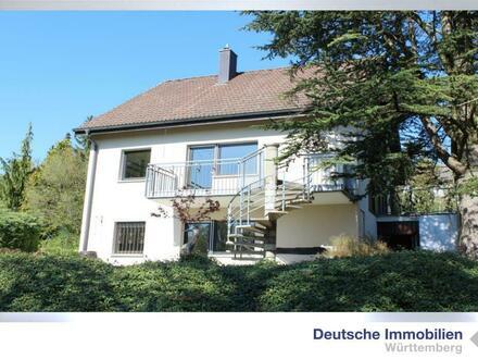Schönes EFH mit viel Grünfläche in Gültlingen plus Garage und Kamin