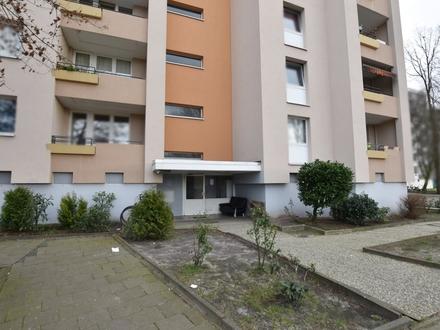 Delmenhorst: Kapitalanleger aufgepasst! Schöne 3-Zimmer-Wohnung mit Balkon am Wollepark! Obj.5077