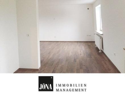 Renovierte 2-Zimmer-Wohnung in Issigau, barrierefrei mit Fahrstuhl inkl. Einbauküche